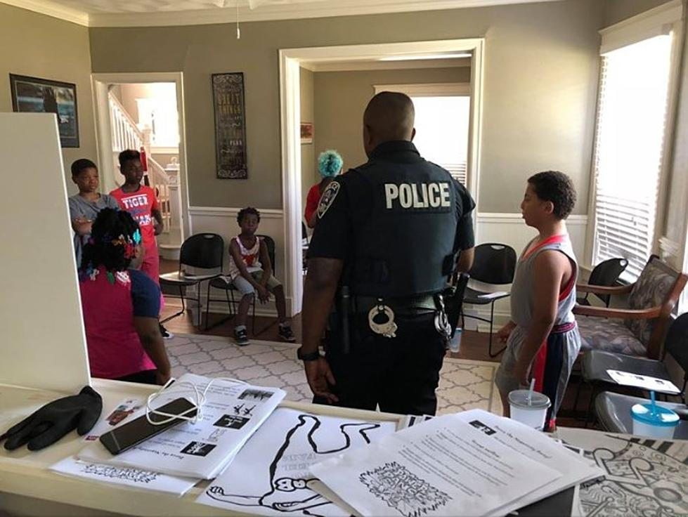 Rockford Officer is Teaching Kids to Dance the Negativity Away