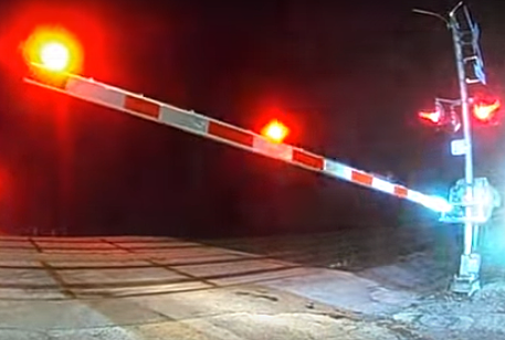 Dramatic Video Shows Horrific Semi Truck Crash In Gurnee