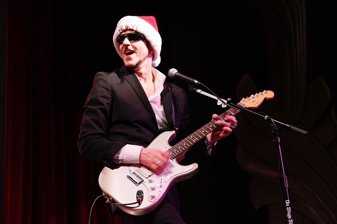 Gary hoey christmas videos songs