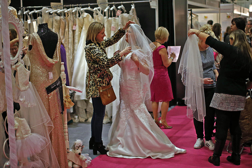 Wedding Garage Sale.The Wedding Garage Sale Is For All Brides And Brides To Be