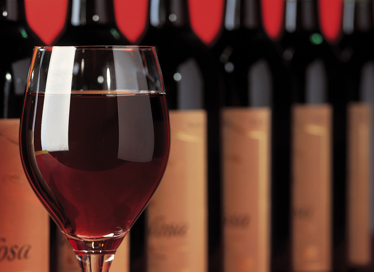 Картинки рекламы вина