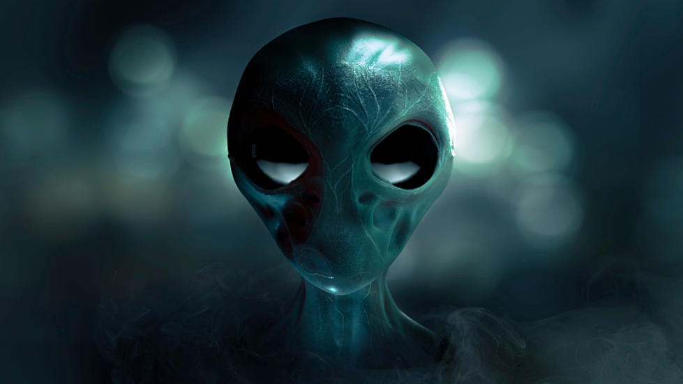 Does Adjusting the Contrast on Dollar Bill Photo Make an Alien