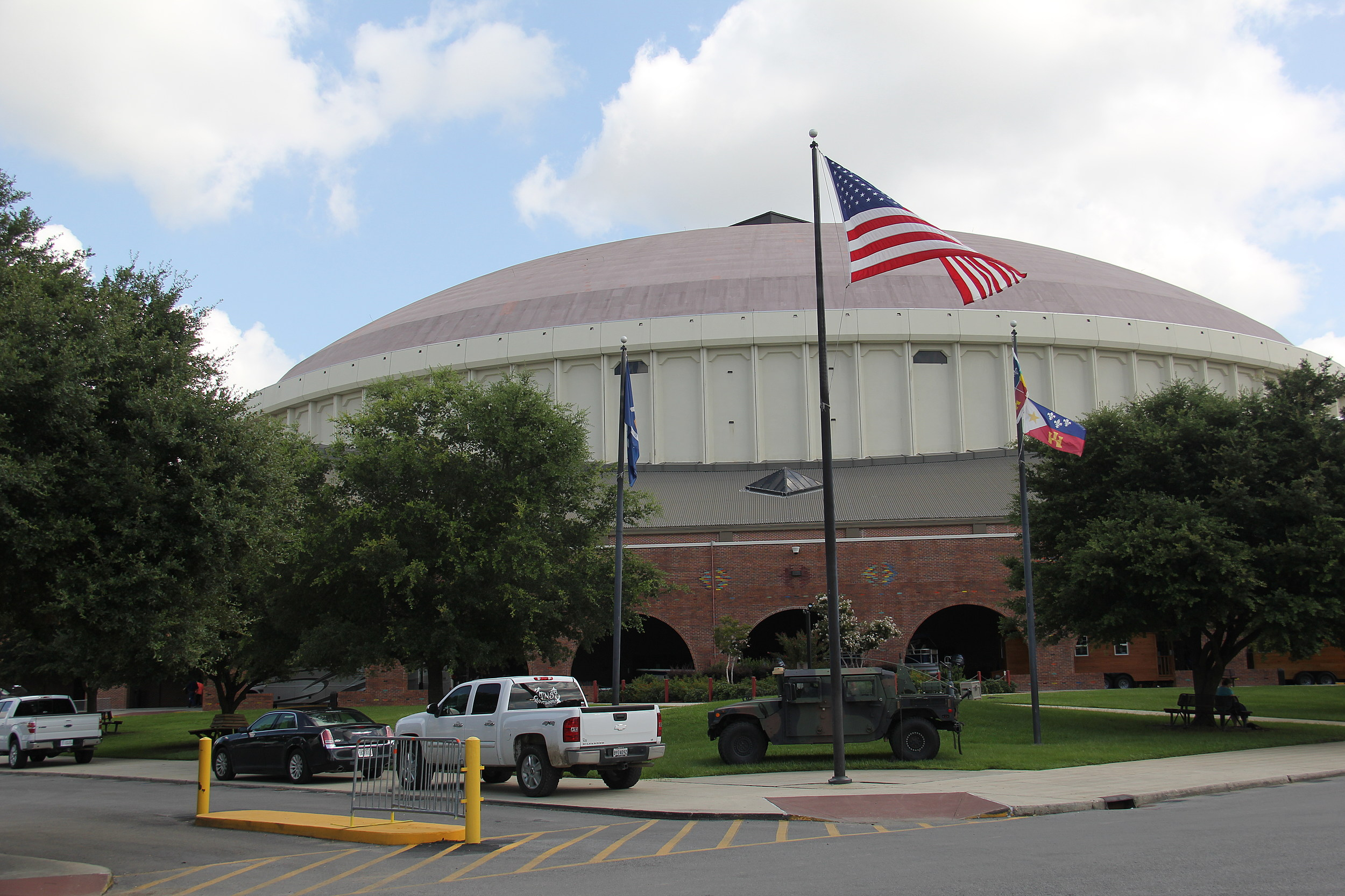 Outdoor Expo Stands : Vendors at the cajundome for la outdoor expo louisiana
