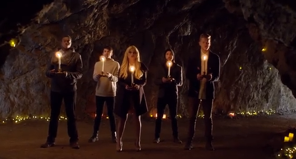 """Pentatonix Delivers Incredible Version of """"Mary, Did You Know?"""" [VIDEO]"""