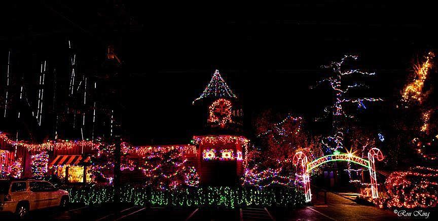 Pattis Christmas Lights 2020 Patti's 1880's Settlement Hosting Festival of Lights