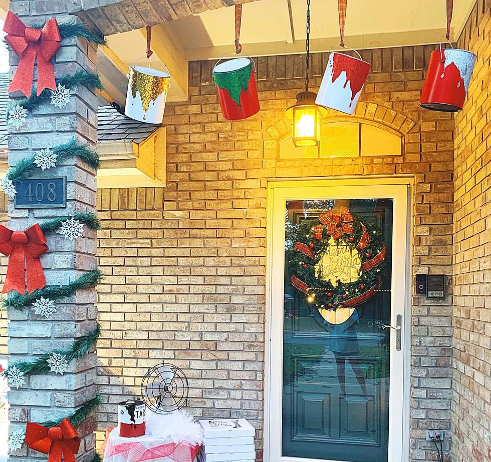 Texas Family Creates Home Alone Christmas House Decorations