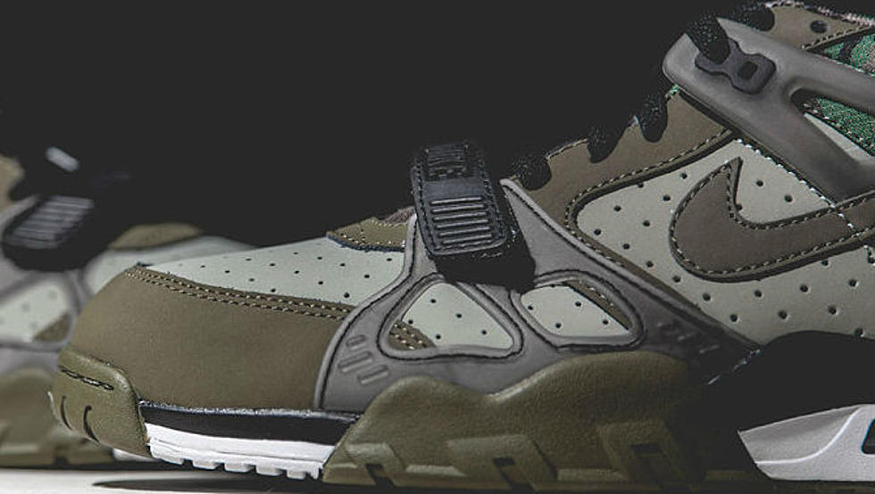meet 66e8f 07592 Nike Releases Military-Inspired Air Trainer 3  Camo