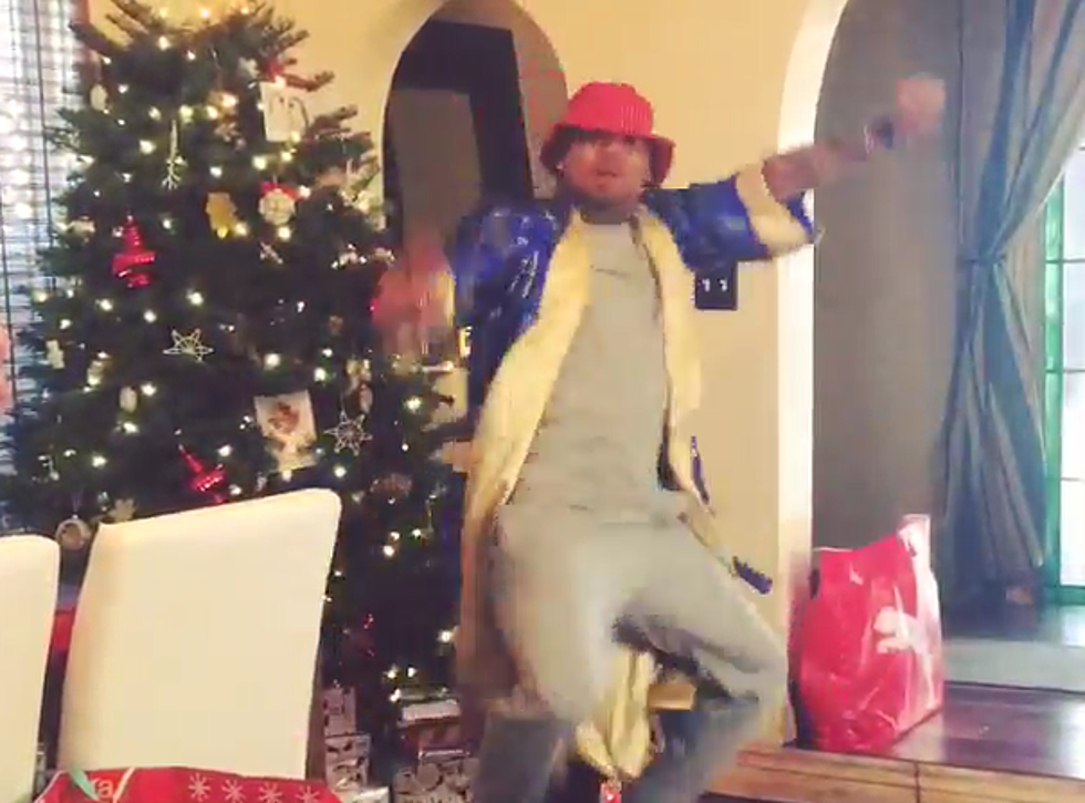 Chris Brown This Christmas.Chris Brown Issues Christmas Dance Challenge And The Results