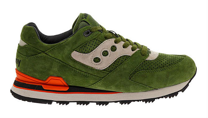 9 Best Saucony Sneakers Out Right Now - XXL
