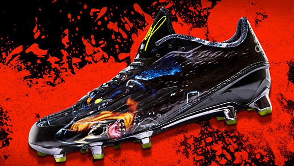 104949bd748 Snoop Dogg Teams Up With adidas on Adizero 5-Star 4.0 Uncaged Football Cleat