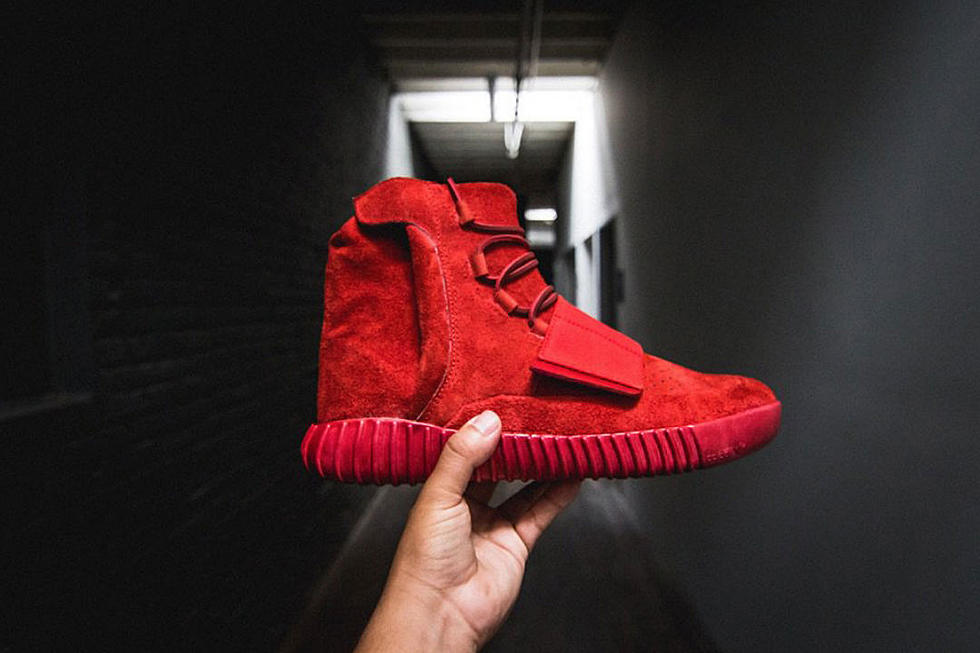 cheap for discount 5a190 bdf91 The Shoe Surgeon Made a Red October Adidas Yeezy Boost 750 - XXL