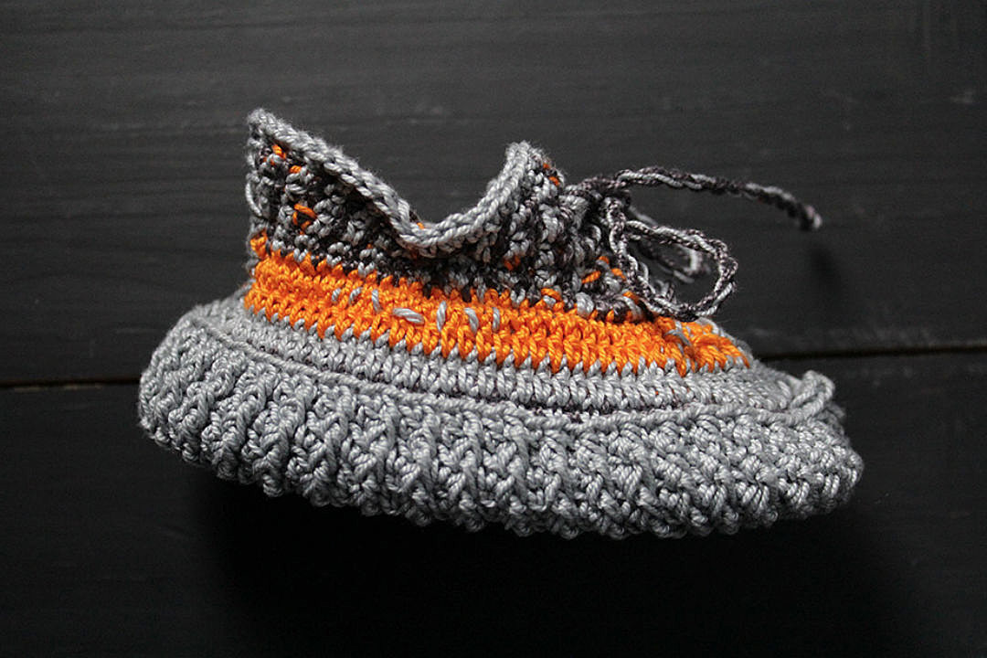 Romeo Babe Unveils Baby Knitted Shoe