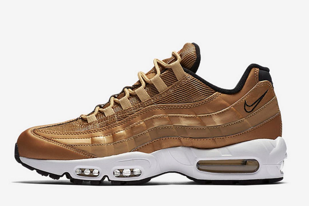 b8704404 Nike to Release Metallic Gold Air Max 95 - XXL