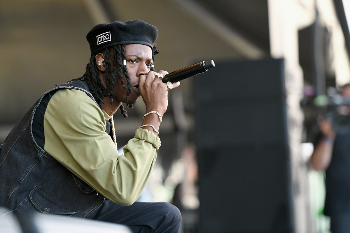 Watch Joey Badass Freestyle to a Chant at His Recent Show ...