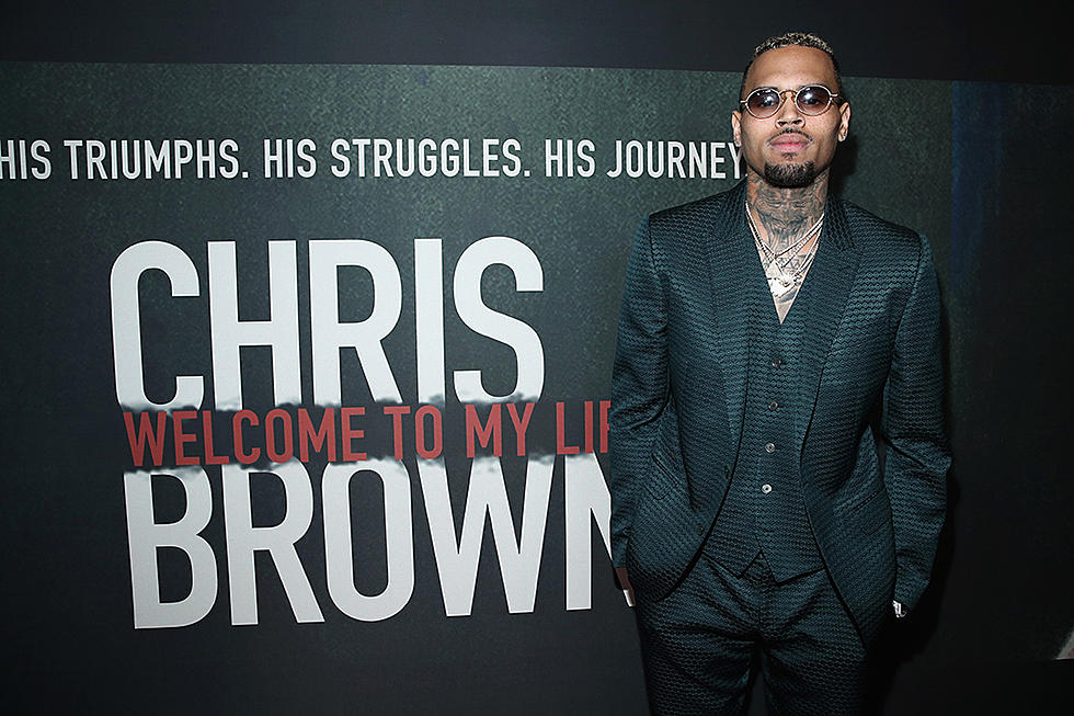 Chris Brown Claims He Has 800 Unreleased Songs on His Phone