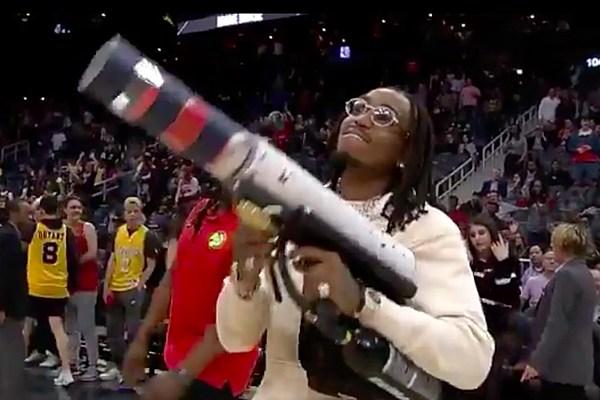 Quavo Proves He S A Super Fan At Atlanta Hawks Basketball