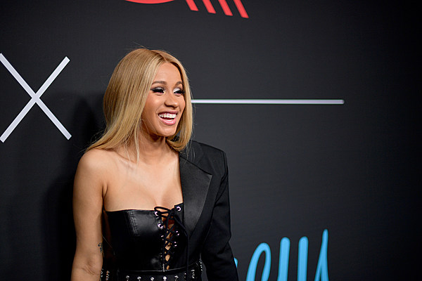 Cardi B S 1 Fan With Giant Tattoo Of Rapper S Face Revealed: Cardi B's Security Team Accused Of Beating Fan After Met