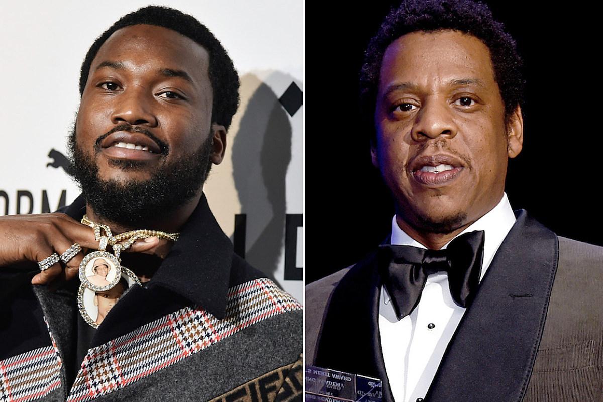 40840c5781ef Meek Mill Gets Jay-Z s Roc-A-Fella Chain as a Gift - XXL