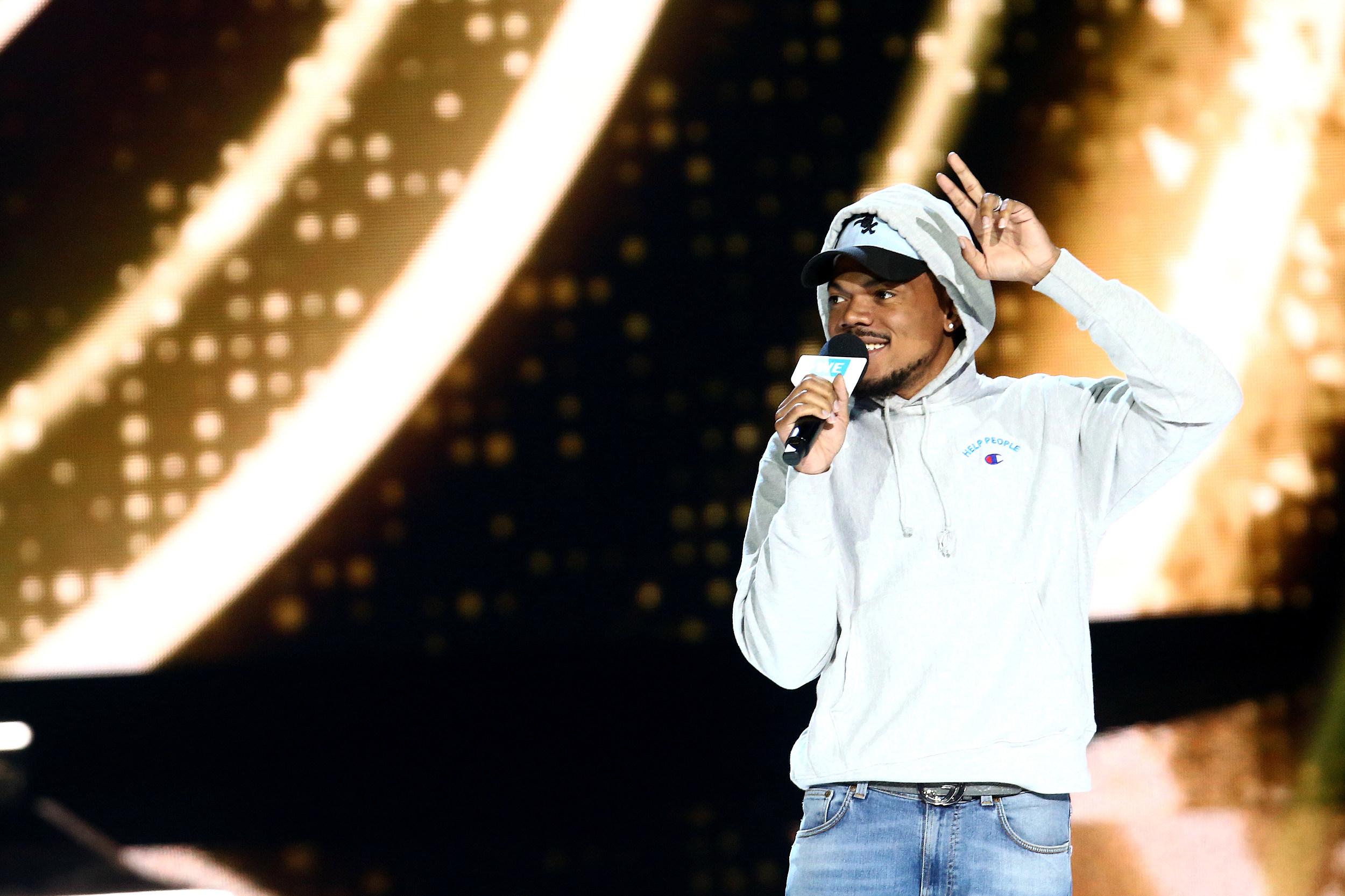https://townsquare.media/site/812/files/2019/06/chance-the-rapper-2014-freshman.jpg