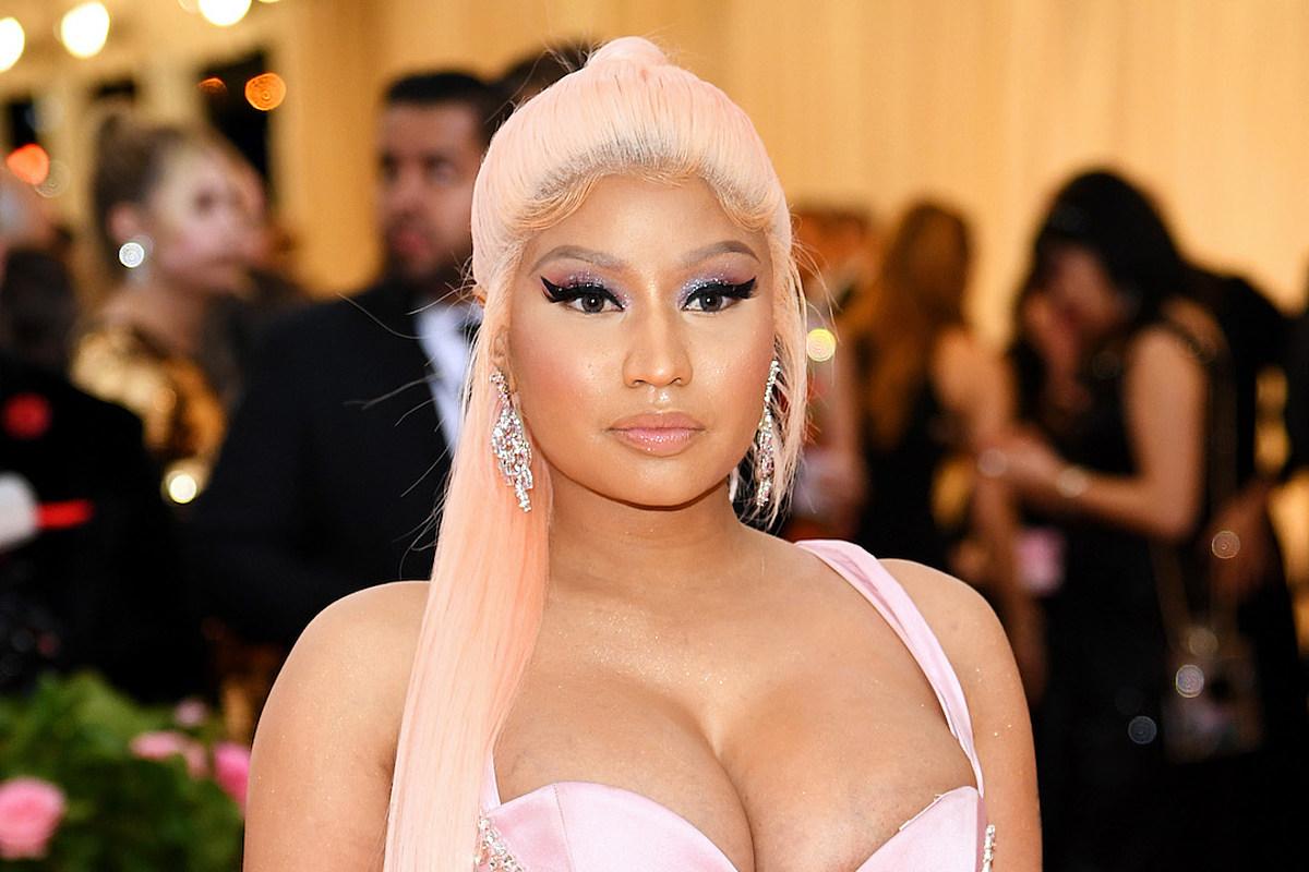 Nicki Minaj Says She's Retiring, Deletes Tweet