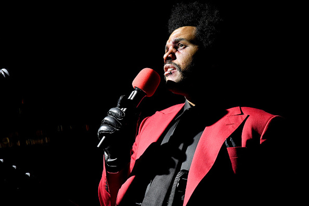 The Weeknd Thinks Grammys Snub Means He's Not Invited to the Show