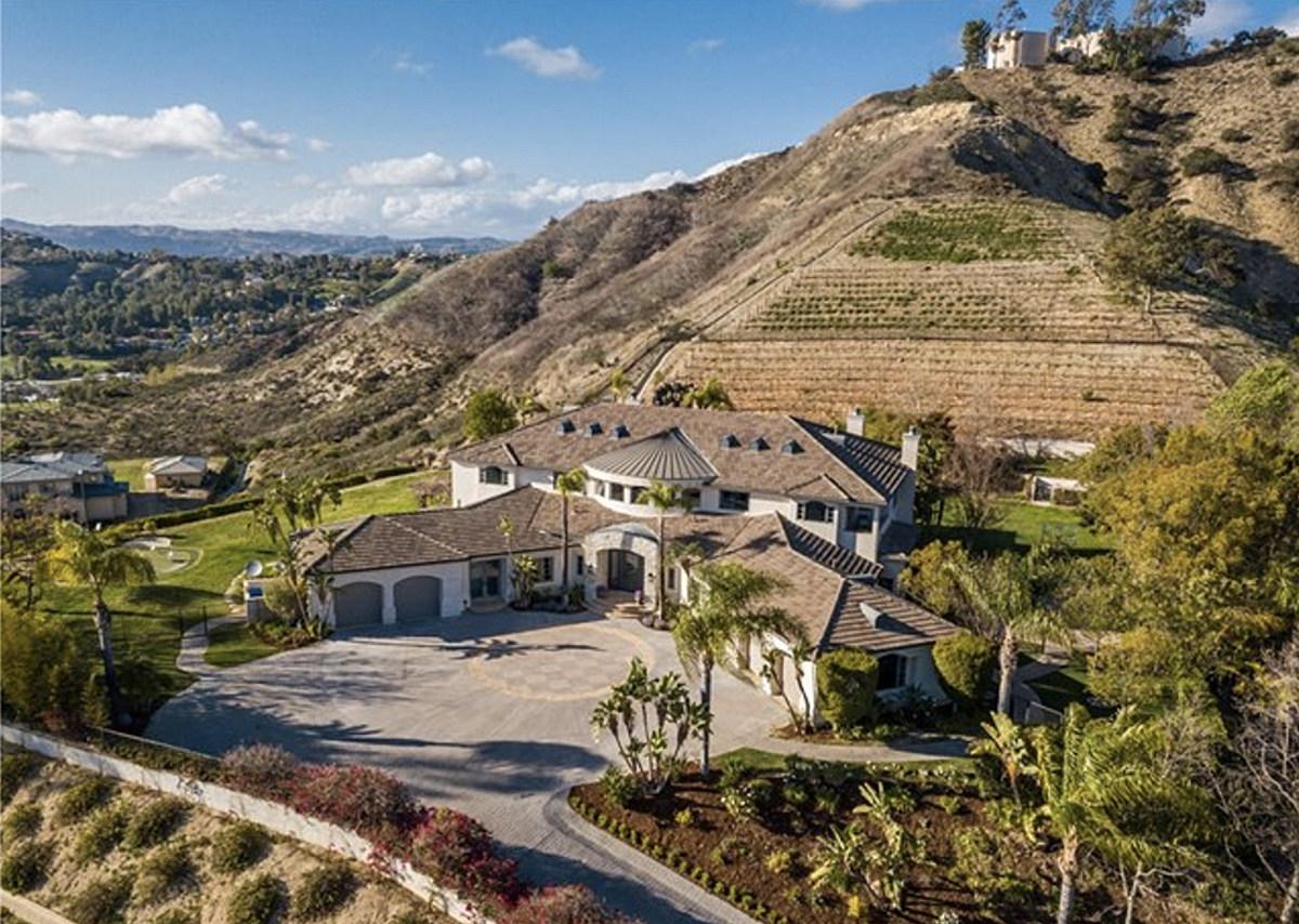 Kid Cudi Buys .7 Million Mansion