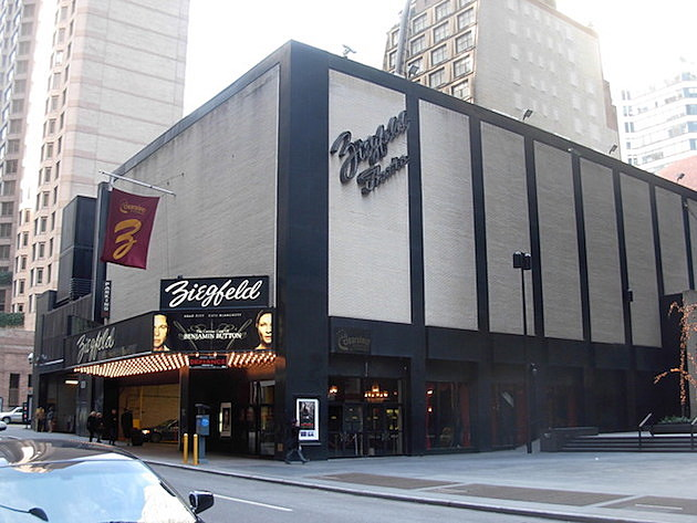 Nyc S Ziegfeld Movie Palace Closing New Theater Metrograph Opening On Lower East Side