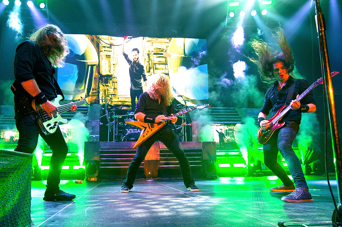Megadeth are replacing David Ellefson's bass parts on their new songs, Dave Mustaine says