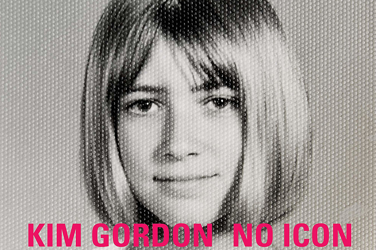 Kim Gordon discussing new book with Carrie Brownstein at virtual event