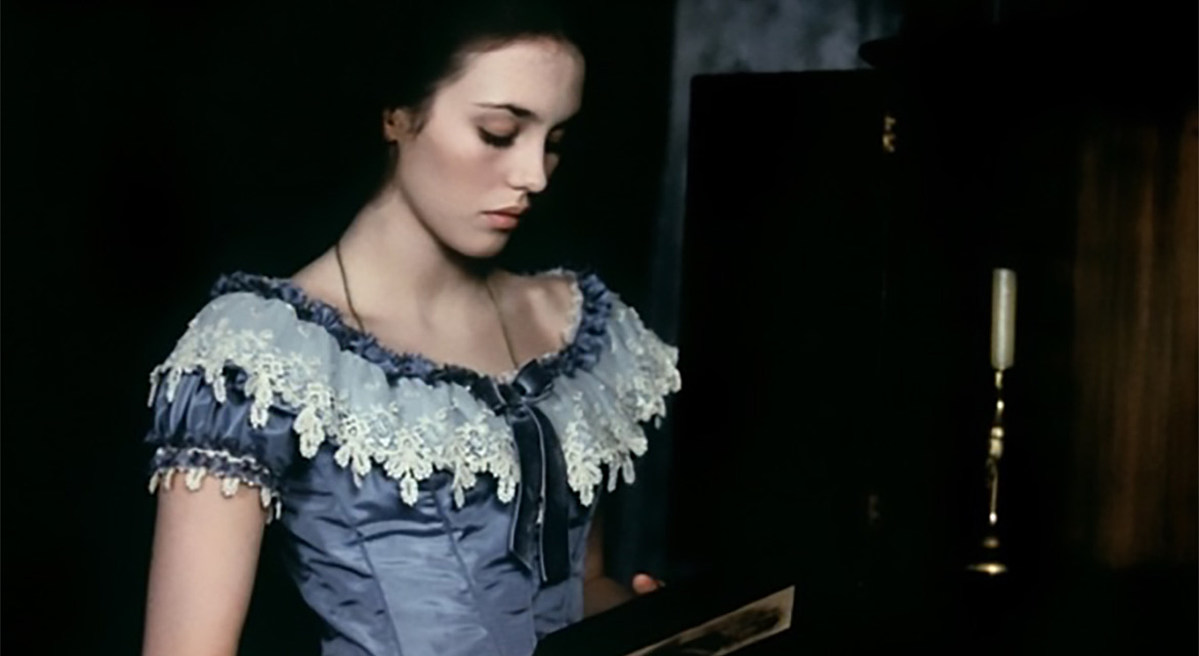 """Elvis Costello shares Isabelle Adjani's cover of his song """"Revolution #49″"""