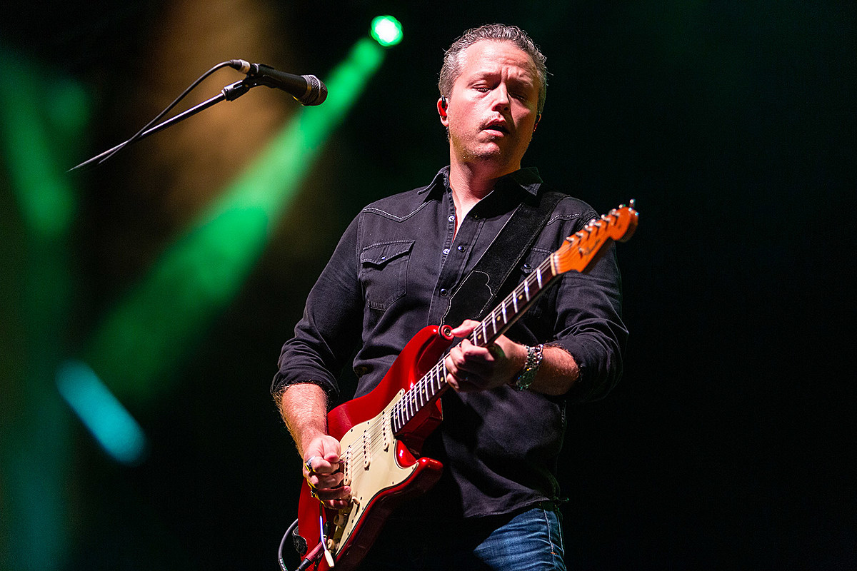 Jason Isbell and the 400 Unit played 2 nights at Pier 17 (pics, review, setlists)