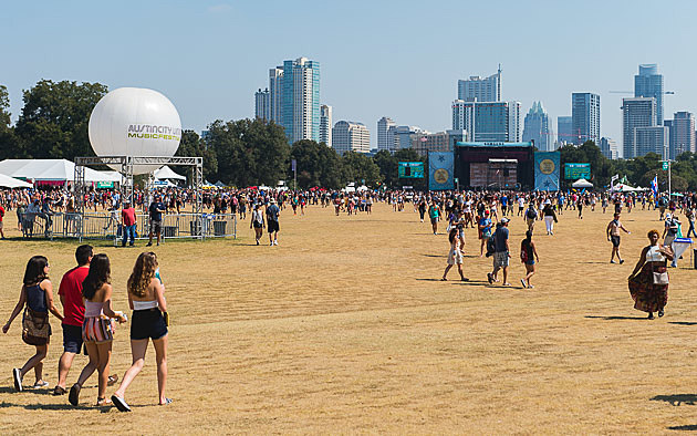 ACL Festival - Weekend 2, Day 3 - 10/11/2015