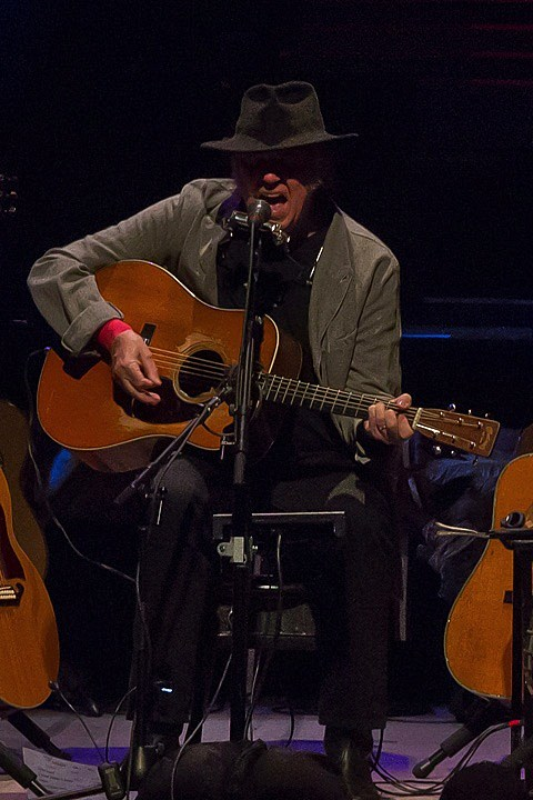 neil-young-chicago-theatre-008