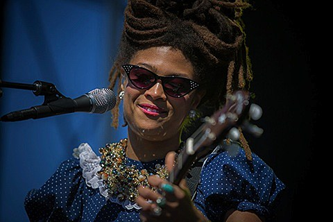 valerie-june-013