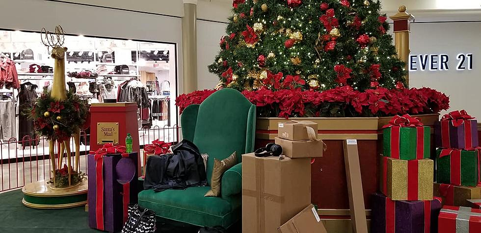 Crossroads Mall Christmas 2020 Here Comes Santa Clausto Crossroads Mall This Weekend