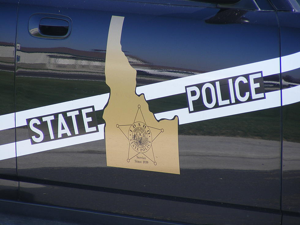 UPDATE: Crash Blocking Highway 26 East of Shoshone