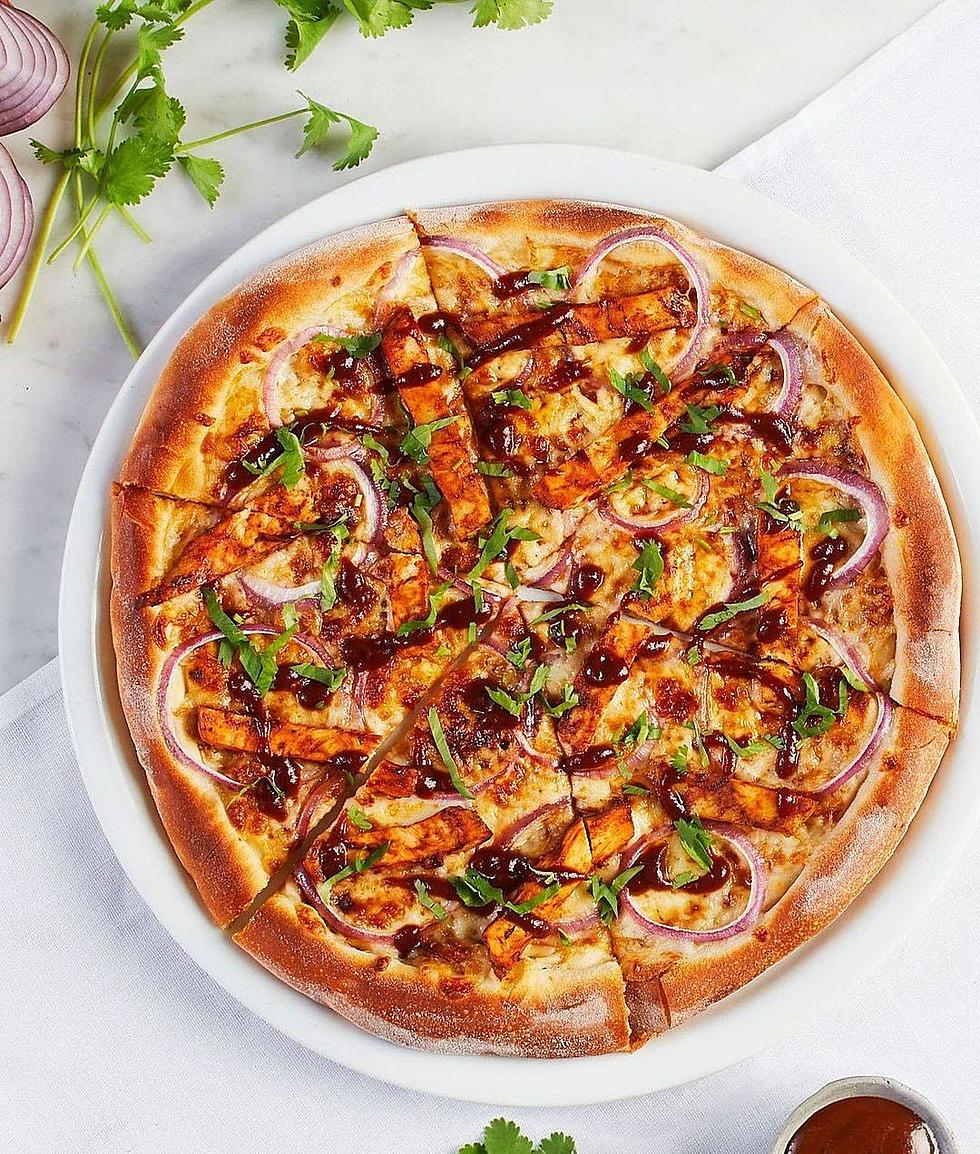 California Pizza Kitchen Adds Plant Based Bbq Chicken To The Menu