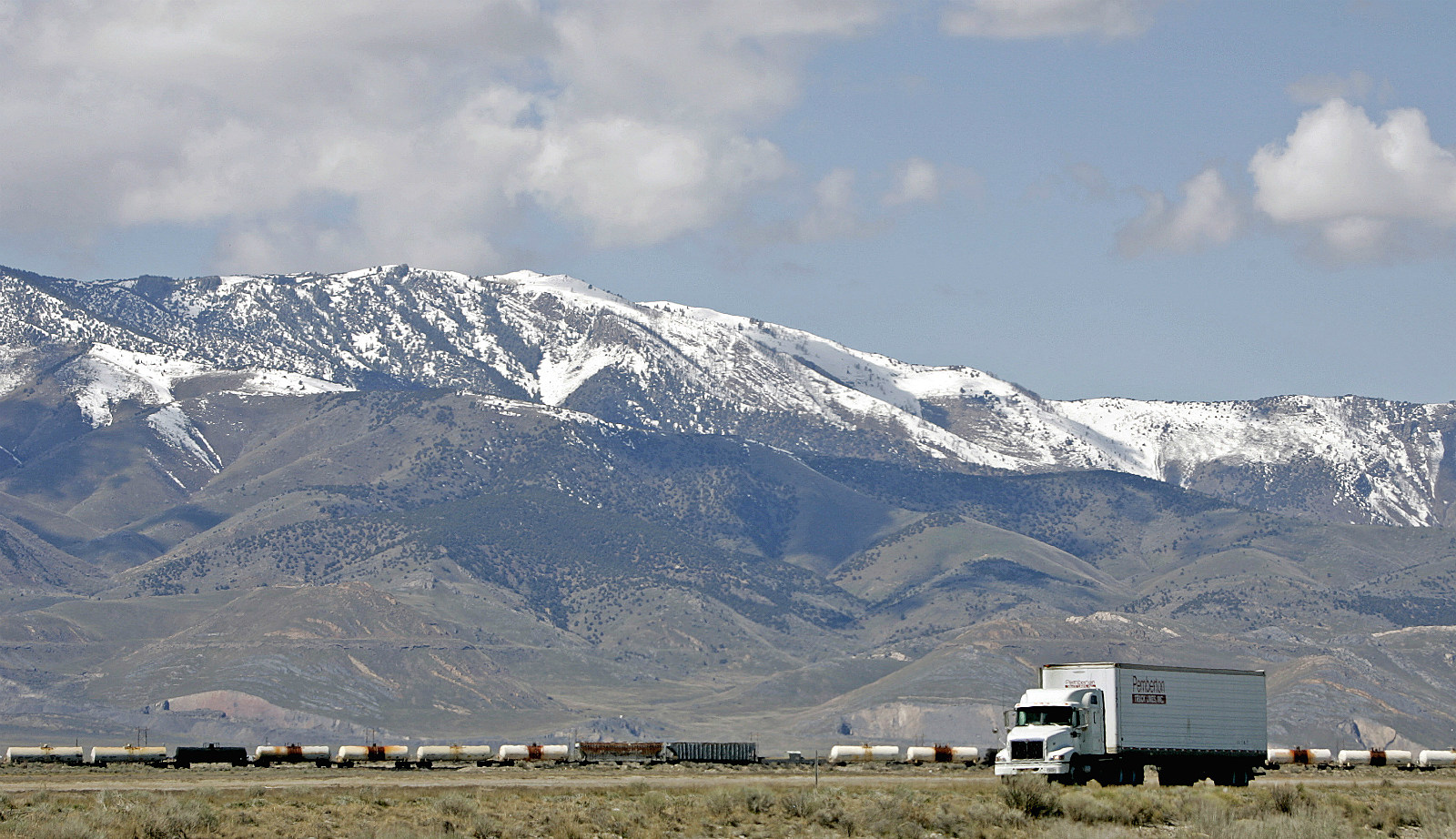 Picture Proves The \'Highway To Heaven\' Is On I-80 In Wyoming
